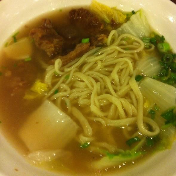 Oxtail Noodle Soup @ Tokio Pub
