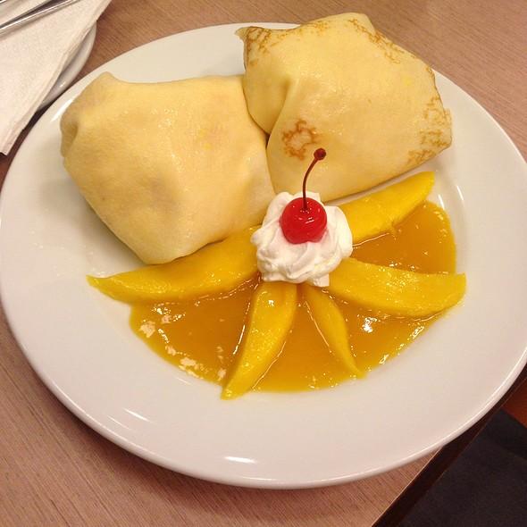 Mango Crepe @ UCC