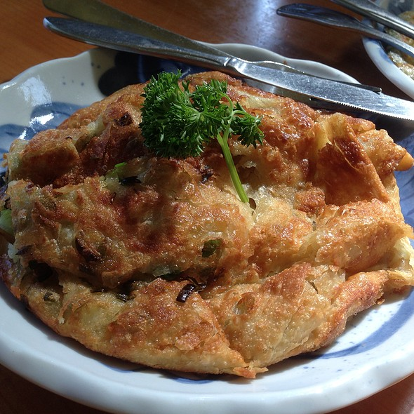 green onion pancake with egg @ Taste of Formosa