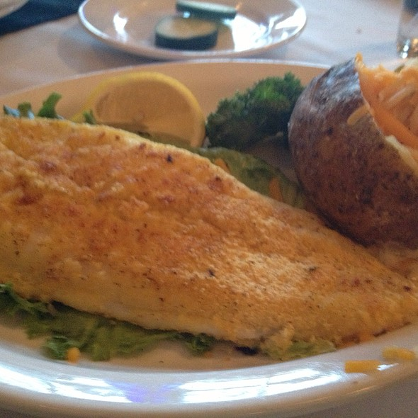Country Style Catfish @ Canterbury Hill Winery