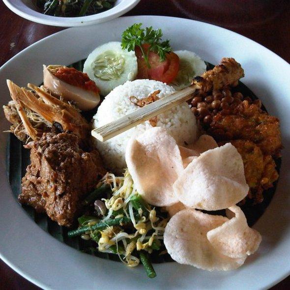 Nasi Campur Bali @ Bebek Bengil (Dirty Duck)