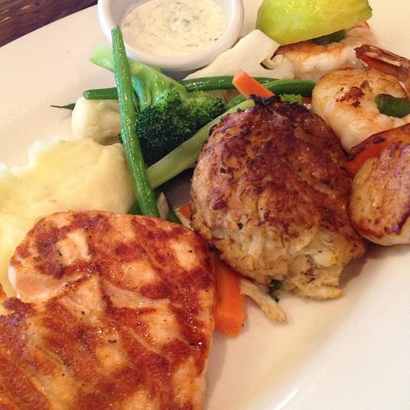 Broiled Seafood Platter - Atlanta Fish Market, Atlanta, GA