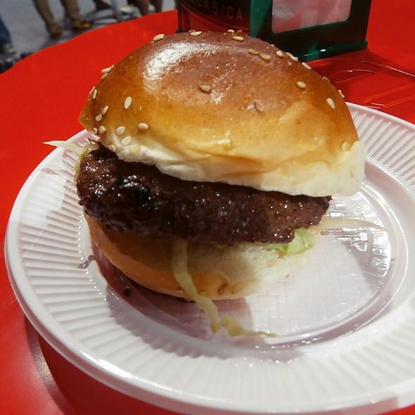 Beef Tenderloin Burger @ IX Feria de la tapa 2013