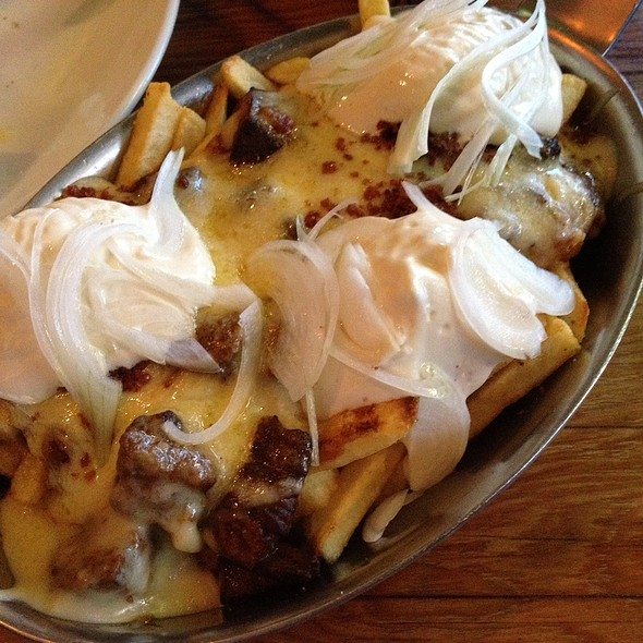 Poutine With Oxtail Gravy @ Hartsyard