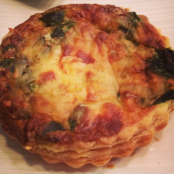 Quiche Florentine @ The Artisan Baker