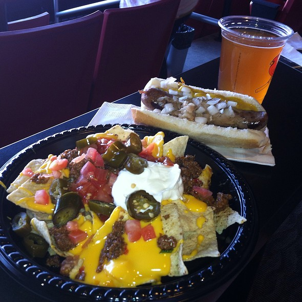 Nachos And Brats