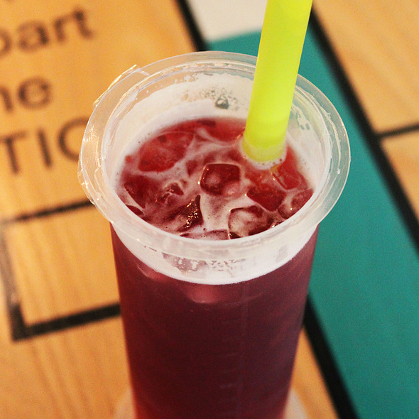 Wildberry Iced Tea @ The Lab