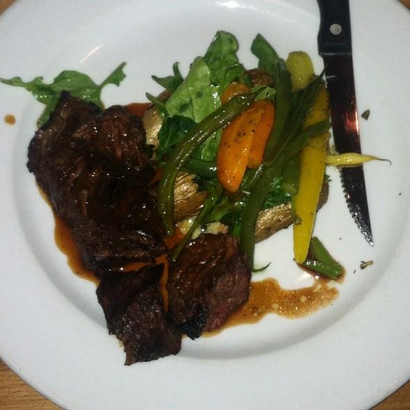 Hanger Steak - Parkside Grille, Portola Valley, CA