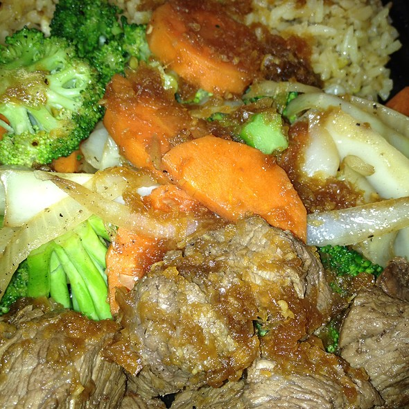Beef cubes with fried rice @ Hibachi Heaven Truck
