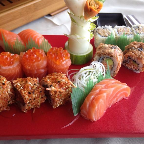 Sashimi\Sushi