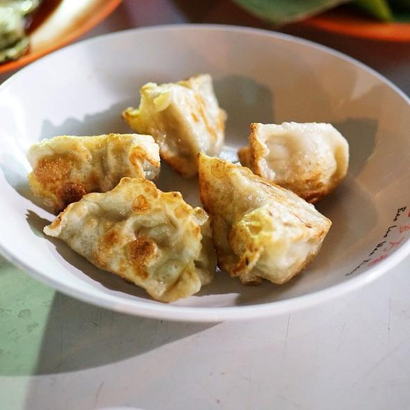 Pork Dumplings @ Lau Pa Sat Festival Market