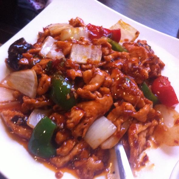 Sweet And Spicy Mushroom Stir Fry Recipe — Dishmaps