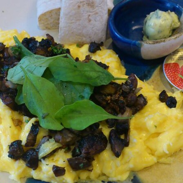 Omelette With Portobello And Arugula