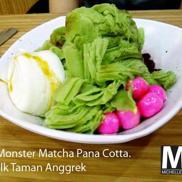 Ice Monster Matcha Pana Cotta @ QTalk Ice Monster Taman Anggrek