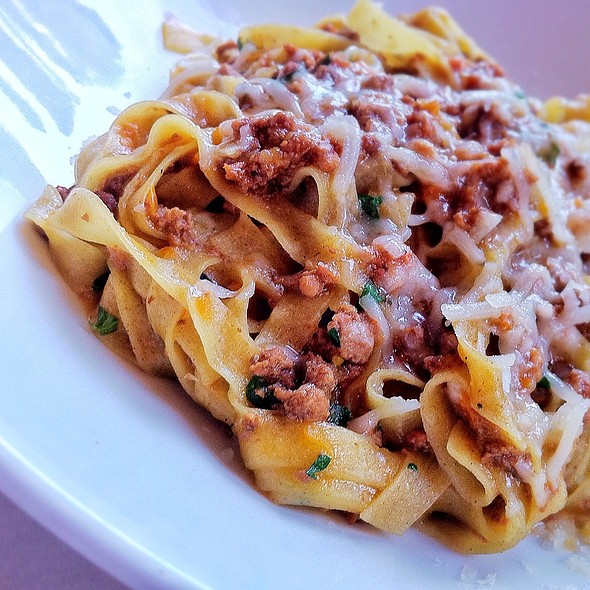 Pasta Bolognese - Zazios, Kalamazoo, MI