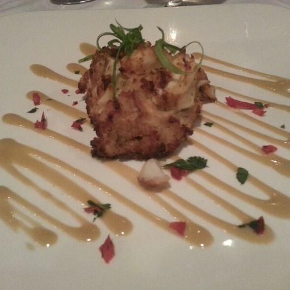 crabcake - Chart House Restaurant - Philadelphia, Philadelphia, PA