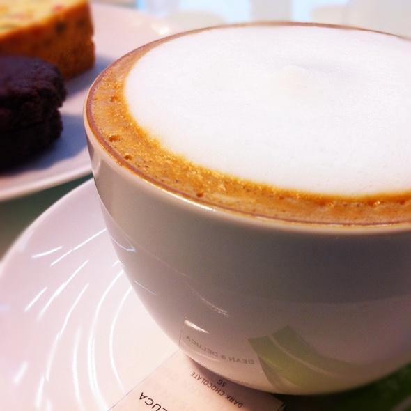 Cappuccino @ Dean & Deluca : Mahanakhon Bangkok