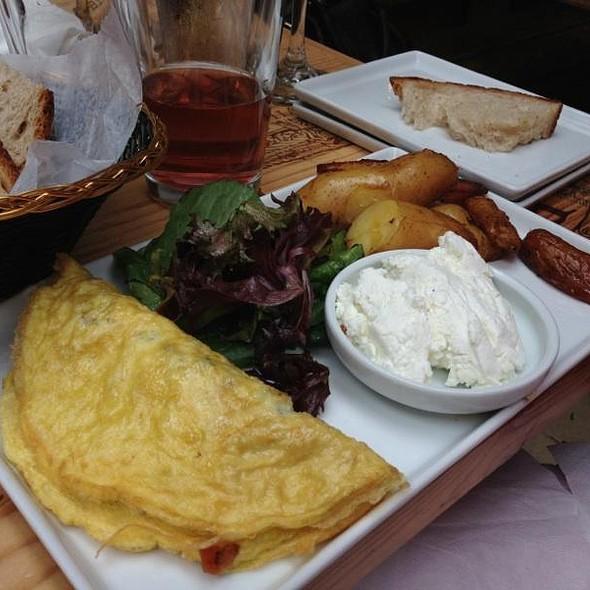 Omelette paysanne @ Paradou