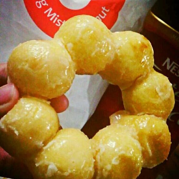 Pon De Ring Glaze @ Mister Donut Greenhills