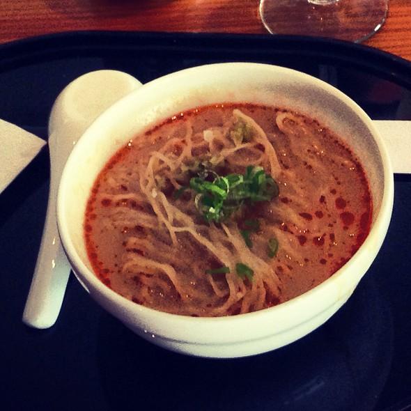 Dan Dan Noodles @ The Pier - Cathay Pacific Lounge