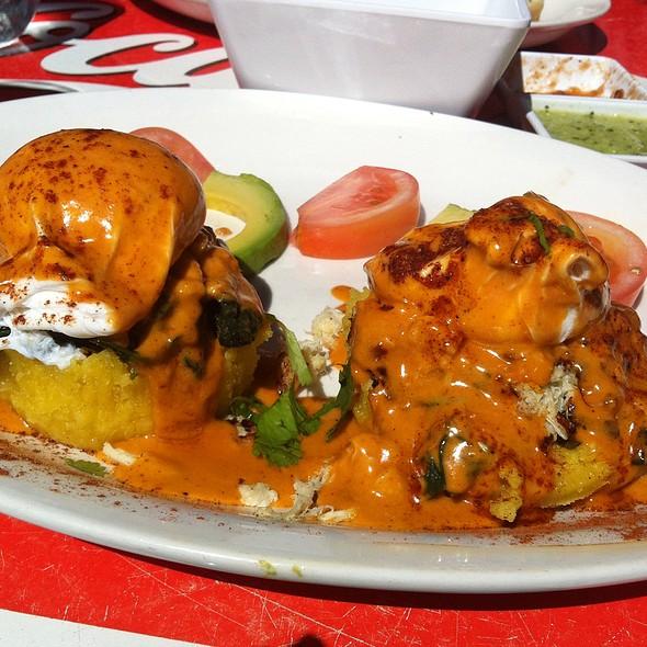 Huevos Franceses - El Alma Cafe y Cantina, Austin, TX