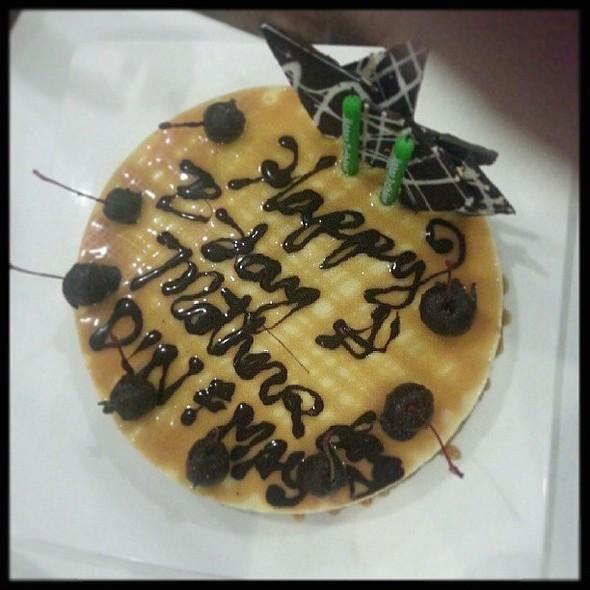 Dulce de Leche Cheesecake...Super Yum!!! @ Pino