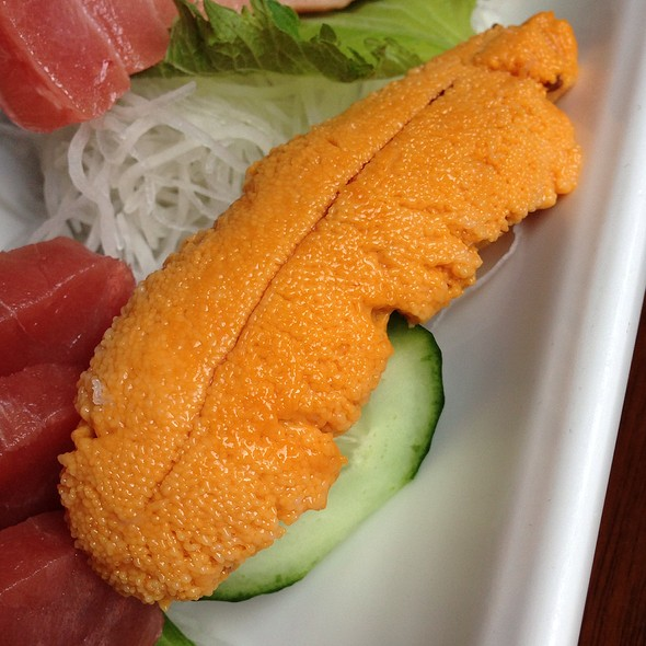 Uni @ Azuki Sushi Lounge