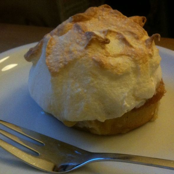 Lemon Merengue Tartlet @ Barcomi's Kaffeerösterei