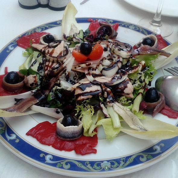 Anchovies, marinated anchovies and tuna belly salad @ Restaurante Casa Samuel