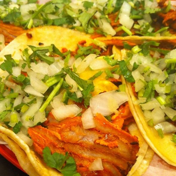 Tacos al Pastor @ Taco Mix