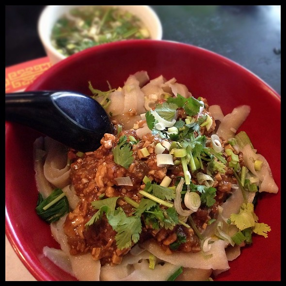 Pork Sliced Noodles With Framented Soybean Paste @ Lotus Garden