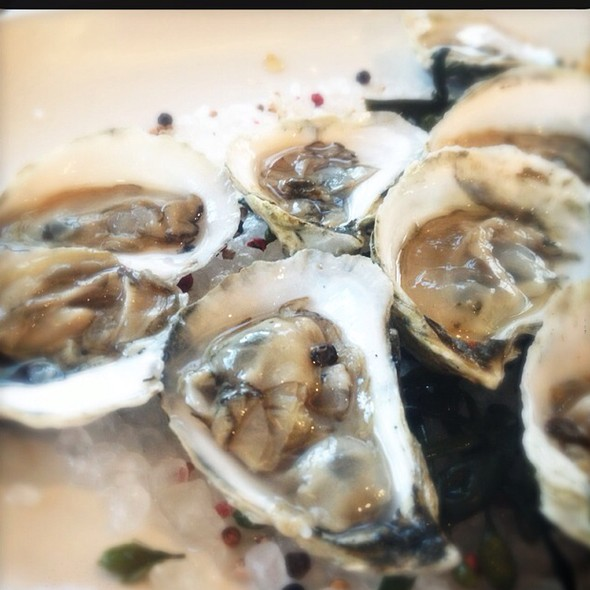 Oysters - Chapel Grille, Cranston, RI