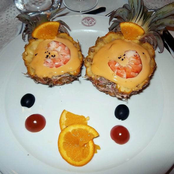 Prawn and pineapple cocktail @ Arcea Hotel Mirador de la Franca
