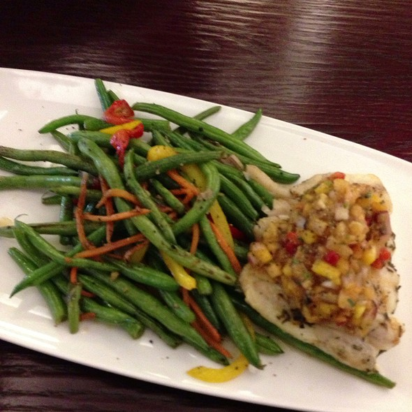 Grilled Grouper Wt Mango Salsa - Nick's Fishmarket Grill, Chicago, IL