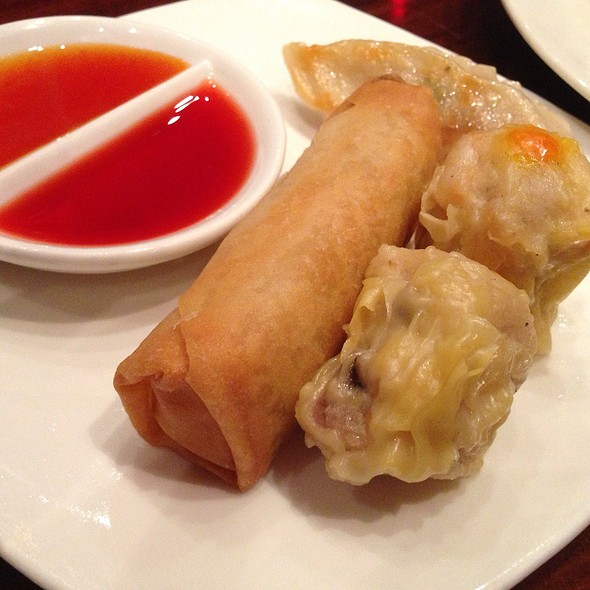 Two Shumai, One Eggroll And One Potsticker - Red Lantern – Thunder Valley Casino Resort, Lincoln, CA