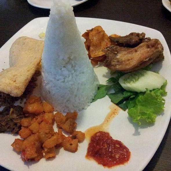 Nasi Langi Ayam