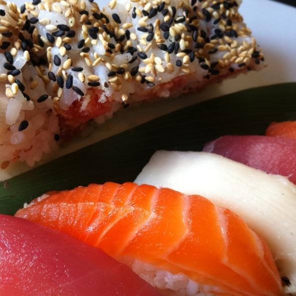 Sushi Sampler @ Downtown