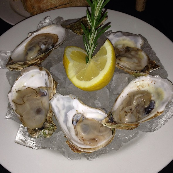 Oysters - Maxwells, West Fargo, ND