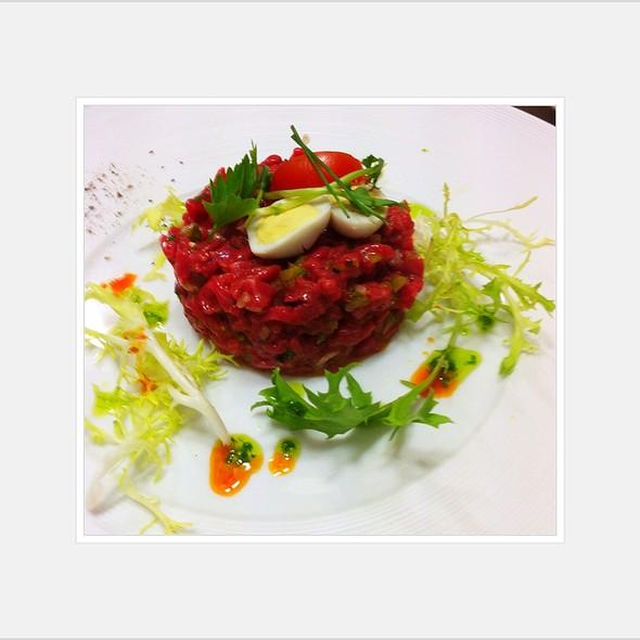 Beeftatar @ Pastis Restaurant Grill