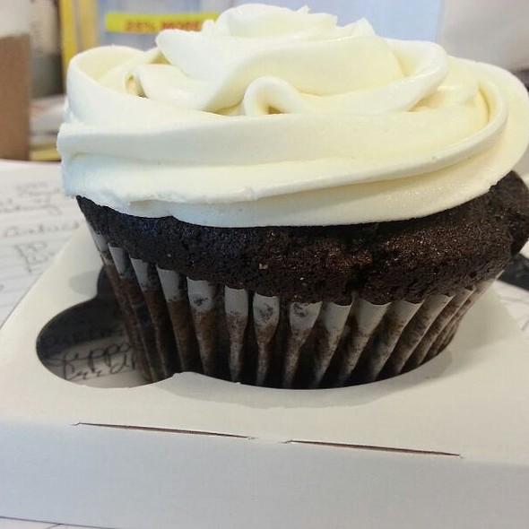 Chocolate Cupcake @ Flour Bakery