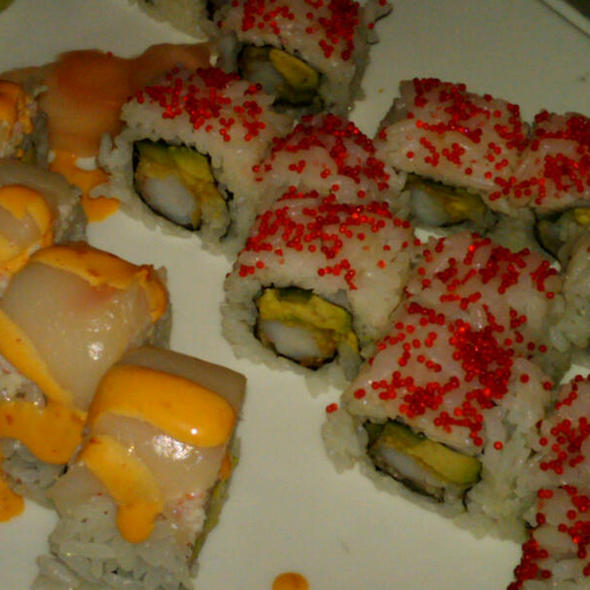 Marilyn Mon-Roll @ Tatu Asian Restaurant