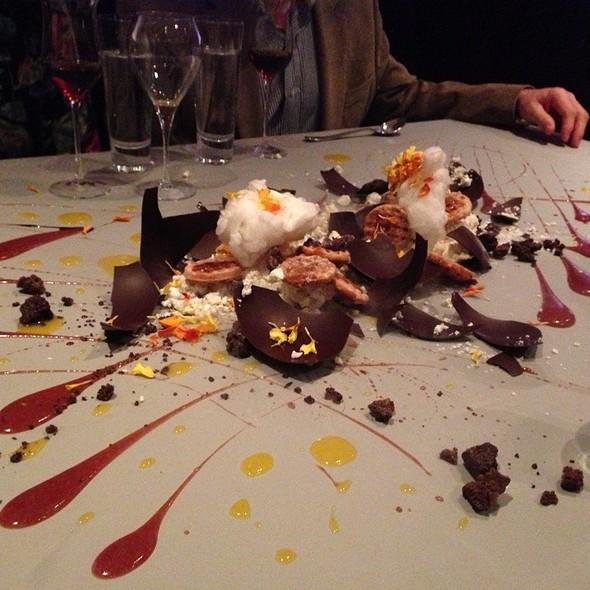Alinea Restaurant Dessert  wwwimgarcadecom  Online