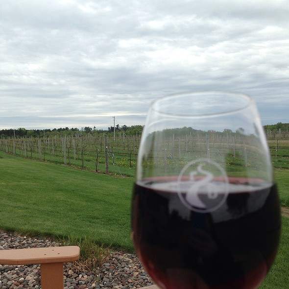Red Blend @ River Bend Vineyard & Winery