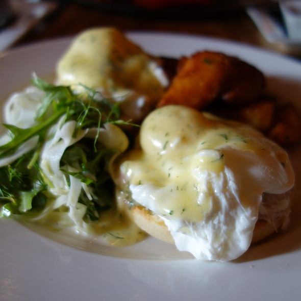 Dungeness Crab Benedict - The Oakwood Canadian Bistro, Vancouver, BC