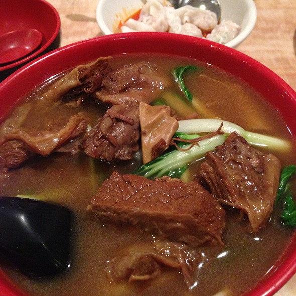 Braised Beef Noodle Soup @ Four Rivers