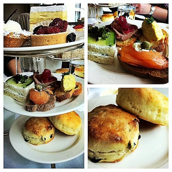 Afternoon Tea/High Tea - Wilfrid's Restaurant - Fairmont Chateau Laurier, Ottawa, ON