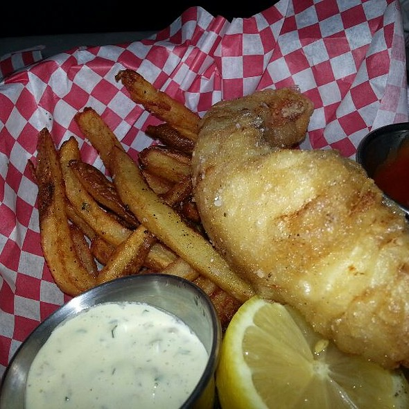 Kid's Fried Redfish And Fries @ Lure