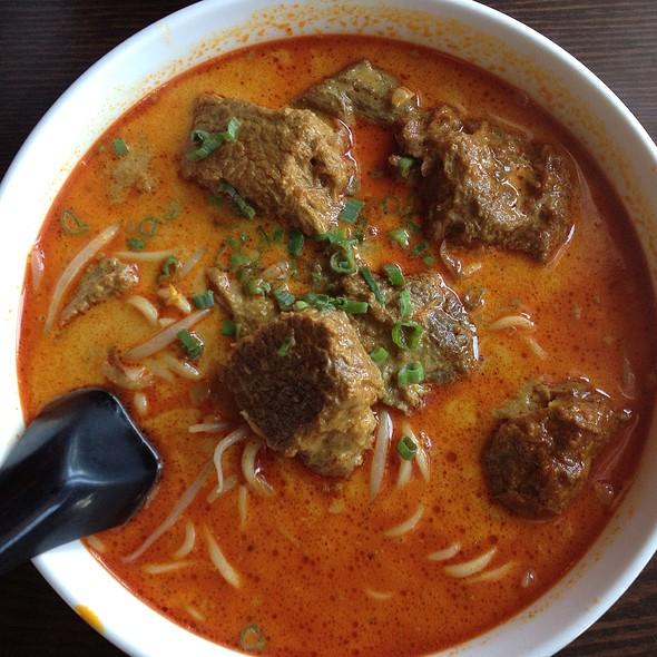 Curry Beef Noodle Soup at Wonton Noodle Garden