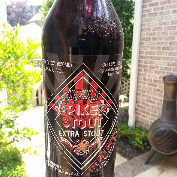 XXXXX Pike Extra Stout Beer @ Home