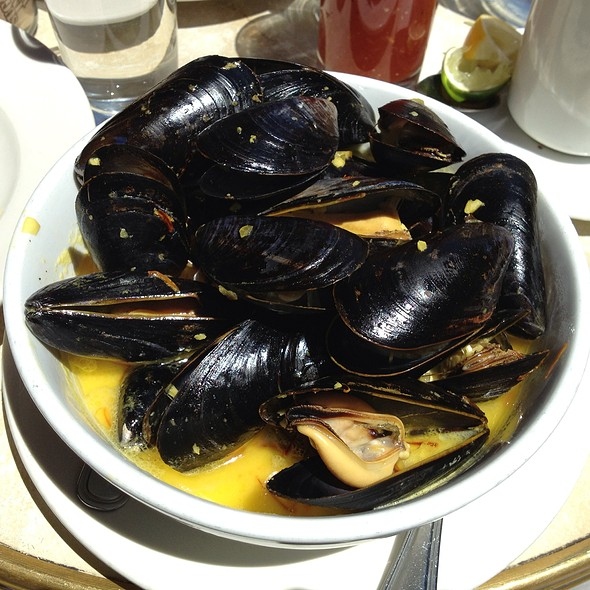 Mussels With Light Saffron Cream - Le Singe Vert, New York, NY